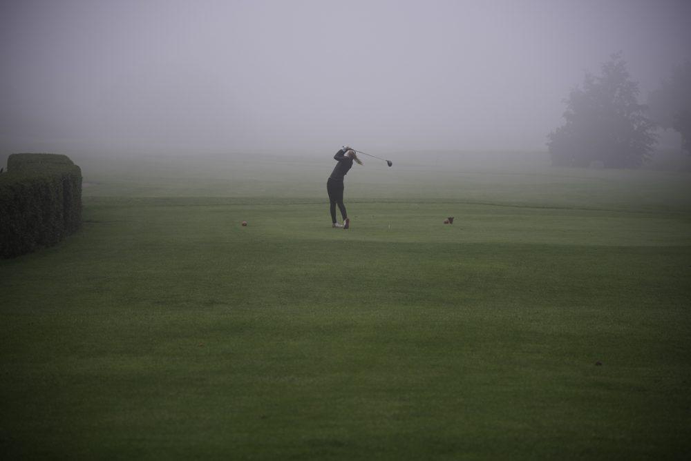 Golfen im Nebel